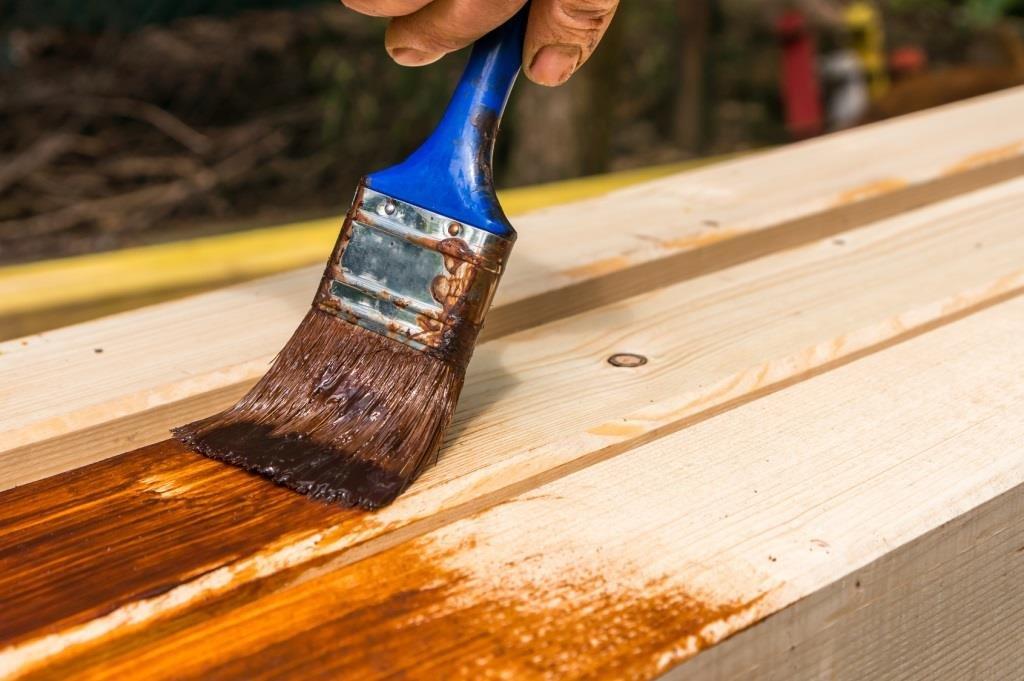 impregnacja drewna, malowanie