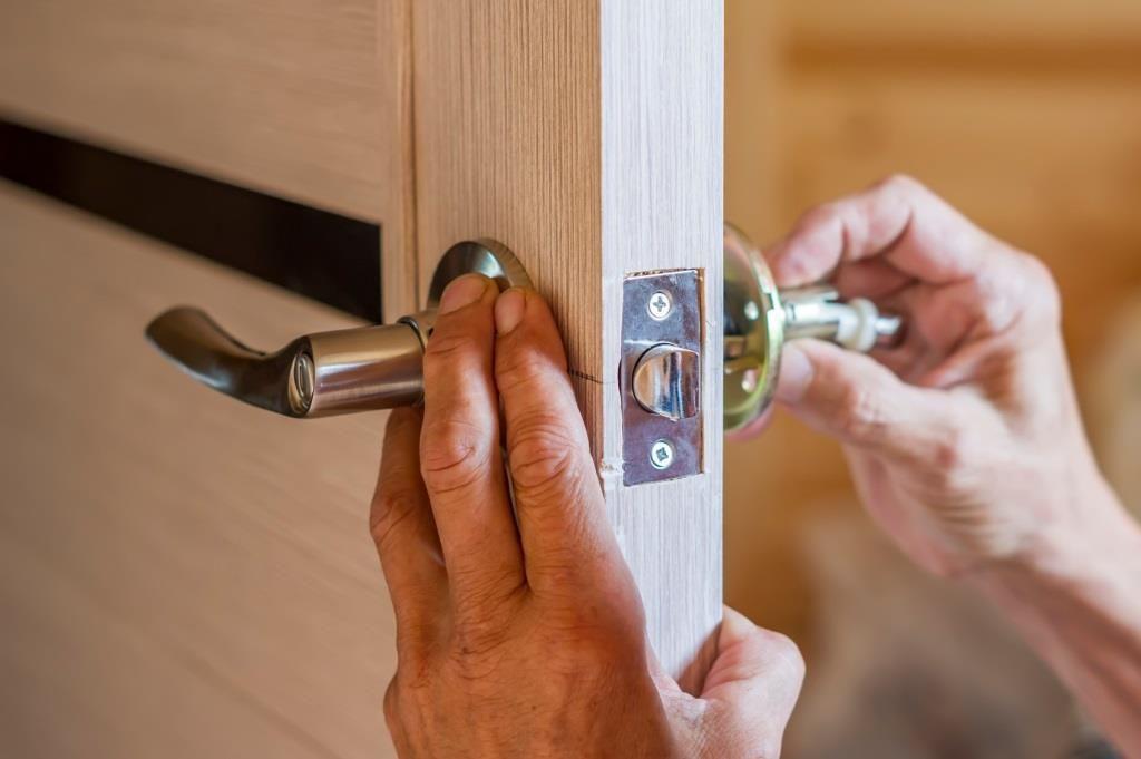 Prawidłowo wykonany montaż drzwi do pokoju